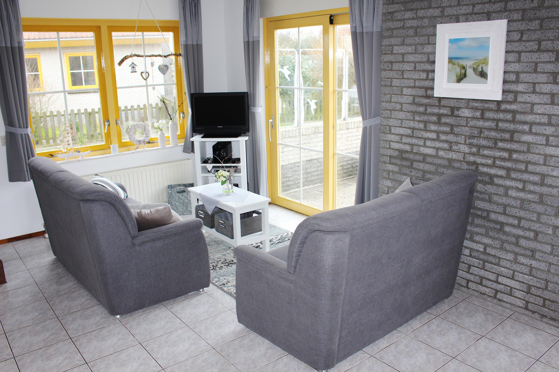 ausstattung strandurlaub. Black Bedroom Furniture Sets. Home Design Ideas
